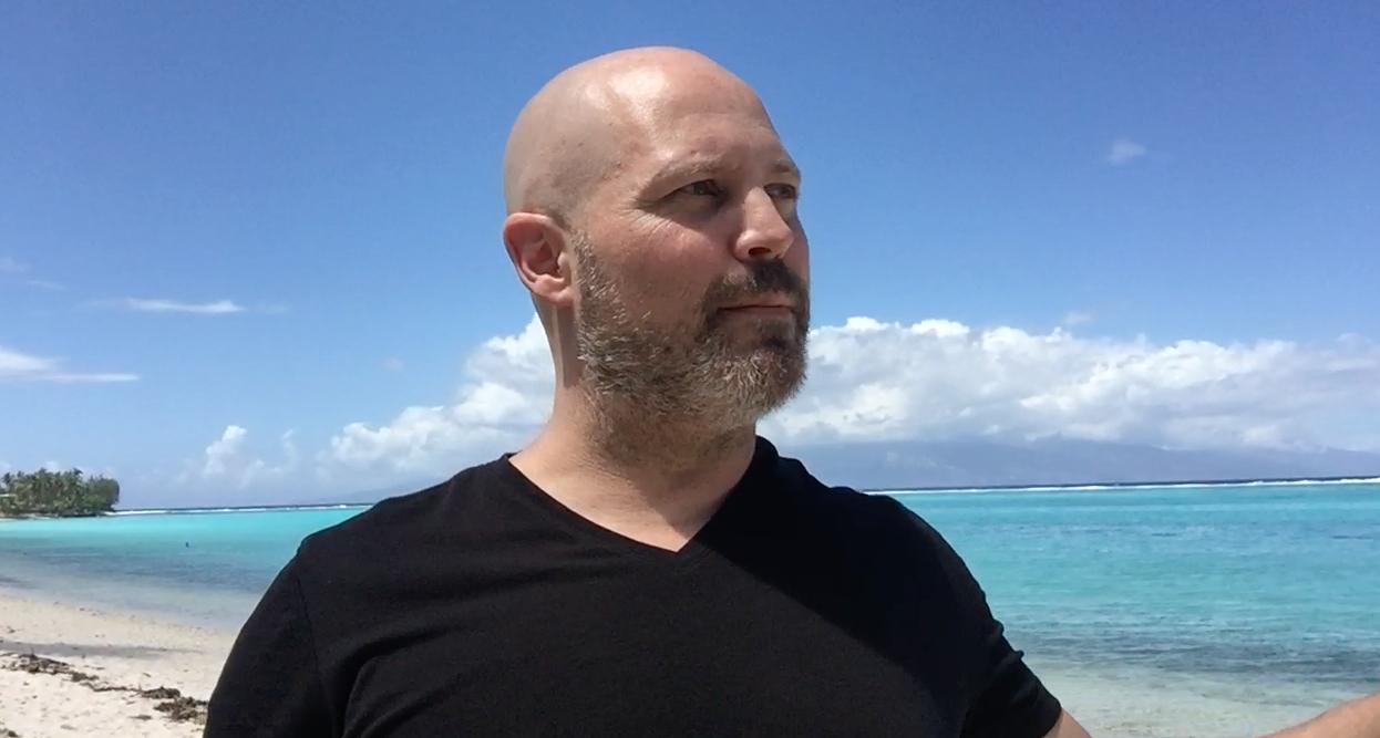 Un mot sur le changement en direct d'une plage au pays de Bora Bora